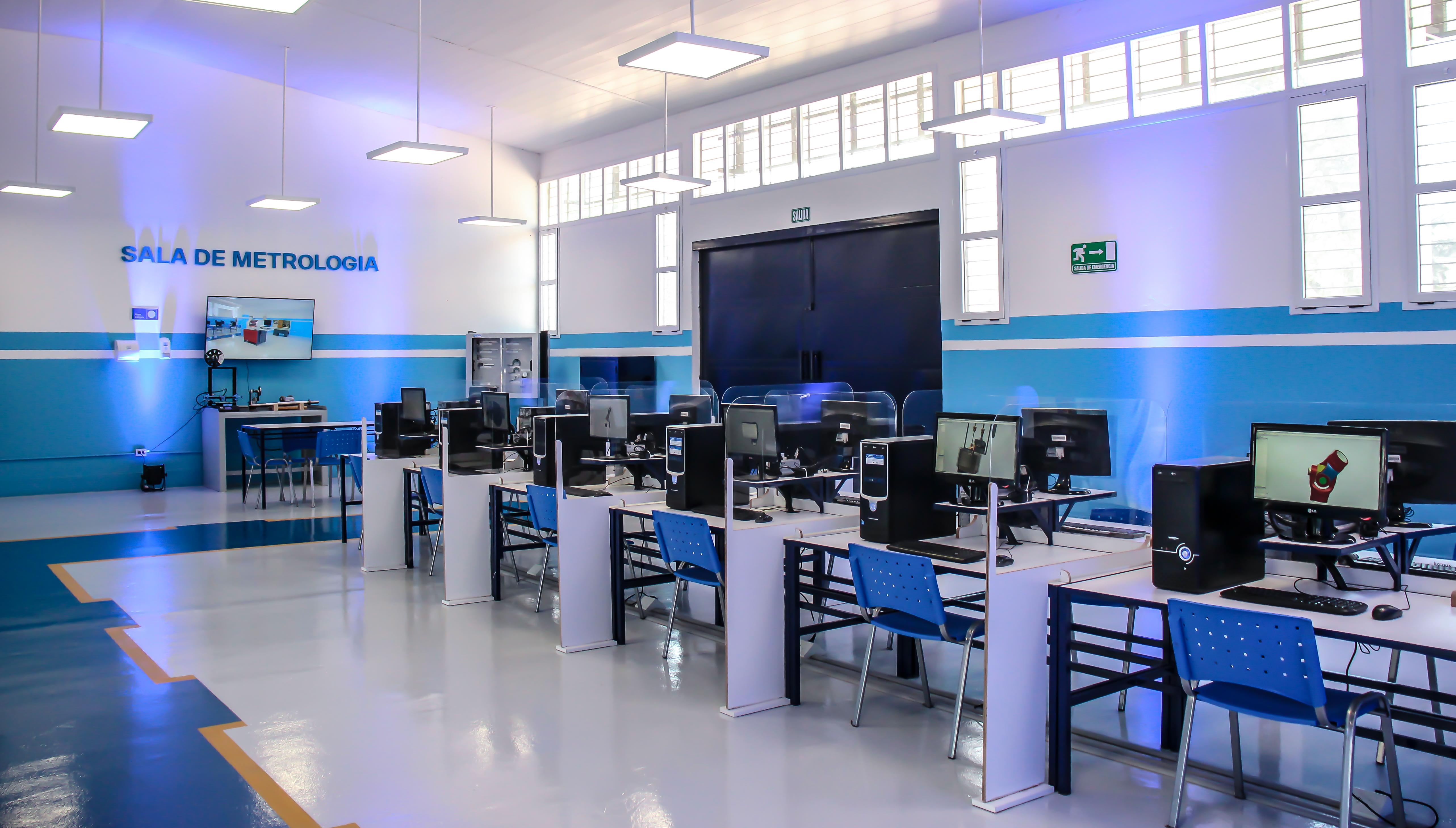 Scania Argentina inauguró un aula taller para estudiantes de secundaria en Tucumán